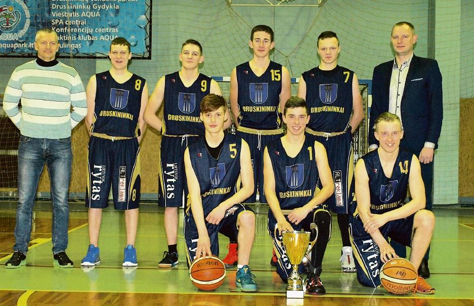 Alytaus apskrities bendrojo ugdymo mokyklų klasių krepšinio  turnyre – sportinės aistros, intriguojantys konkursai ir prizai žiūrovams