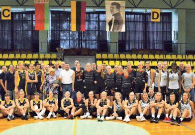 Druskininkuose surengtas Lietuvos nusipelniusio trenerio A. J. Gedmino vardo tarptautinis moterų krepšinio turnyras