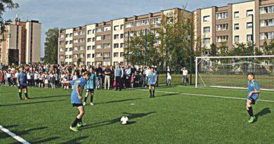 """""""Atgimimo"""" mokykla laimėjo Sporto rėmimo fondo projektą"""